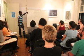 Estão abertas as inscrições para cursos intensivos de línguas e culturas estrangeiras  com professoresrefugiados